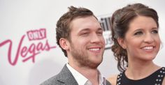 'American Idol' Winner Phillip Phillips Is Engaged: See the Ring!