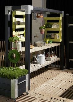 DIY for fummelfingre ::: Labre uderum - MeltdesignstudioMeltdesignstudio Outdoor Life, Outdoor Living, Outdoor Decor, Outdoor Cooking Area, Outdoor Sinks, Kitchen Installation, Backyard Lighting, Roof Design, Garden Furniture