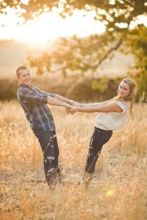 Cute couples pose:)
