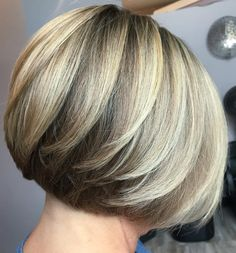 Dimensional Bob with Feathered Layers