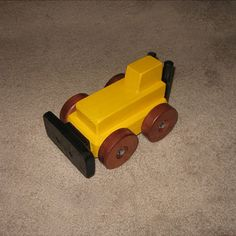Toy Bulldozer Woodworking Plan by Dave