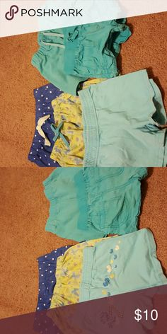 5 pairs Girls shorts size 4t 3 light blue shorts 1 dark blue and a green with butterflies all size 4 and all well loved. Bottoms Shorts