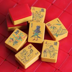 Vtg 1930s, 156 Tiles, Chinese Bakelite Mahjong Set, Cherry Red Wafer Backs, Game