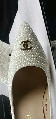 Chanel #Pearl pumps