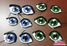 HodgePodge Crochet Presents How To Crochet Eyes For Your Amigurumi! Ever wonder how to create crochet eyes for your amigurumi projects? Crochet Doily Rug, Crochet Eyes, Crochet Crafts, Crochet Flowers, Crochet Projects, Diy Crafts, Crochet Amigurumi Free Patterns, Crochet Doll Pattern, Crochet Dolls
