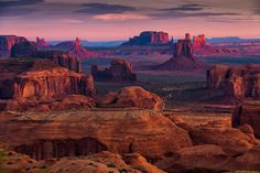 Monument Valley wasn't always regarded for its beauty; it didn't gain popularity until it was used as the backdrop for western movies in the 1930s. Since then, the beautiful desert scenery has become a destination spot.