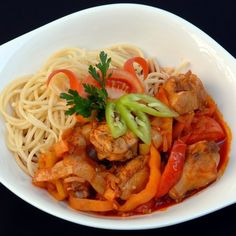 Thai Red Curry, Spaghetti, Cooking Recipes, Foods, Drinks, Ethnic Recipes, Food Food, Drinking, Food Items