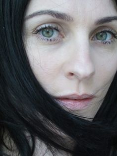 Susie Bick - born 1969 in Cheshire . Susie Cave, Nick Cave, Beautiful People, Most Beautiful, Beautiful Women, Beautiful Soul, The Vampires Wife, Lovely Eyes, Fair Skin
