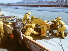 Clean stops for all four of our cars and crews. #ABCSupply500 #IndyCar