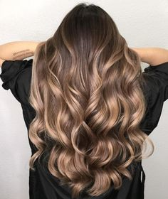 Balayage vs ombre, so what is the difference between these popular treatments th. - Balayage vs ombre, so what is the difference between these popular treatments th… – # - Ombre Hair Color, Hair Color Balayage, Hair Highlights, Caramel Highlights, Ombre Balayage, Baylage Vs Ombre, What Is Ombre Hair, Baylage Brunette, Natural Ombre Hair