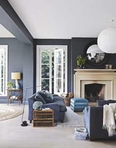 Perfect Navy Blue Living Room with Best 25 Navy Living Rooms Ideas On Home Decor Navy Blue Living Dark Walls Living Room, Navy Blue Living Room, Living Room Color Schemes, Living Room With Fireplace, Living Room Paint, Living Room Chairs, Living Room Designs, Living Room Decor, Dark Rooms