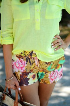 CHIC COASTAL LIVING: The Neon Popover // Two ways @Donna Maywald Navy
