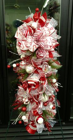 Christmas swag by WilliamsFloral on Etsy Christmas Swags, Christmas Door Decorations, Deco Mesh Wreaths, Holiday Wreaths, Holiday Crafts, Christmas Ornaments, Holiday Decor, Winter Wreaths, Floral Wreaths
