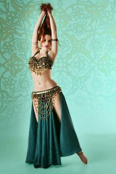 New belly dancing costumes ideas Source by jaidraart dance dress Belly Dancer Costumes, Belly Dancers, Dance Costumes, Dance Outfits, Dance Dresses, Dance Oriental, Belly Dancing Classes, Belly Dance Outfit, Tribal Belly Dance