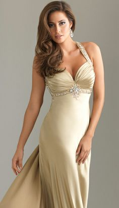 good hairstyles for strapless dresses