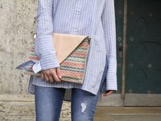 fashionblog, outfit, look, style, blouse, knotted sleeves, jeans, heels, clutch