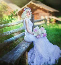 flowers for hair, wedding flower crown, crown flower, flower girl headpiece, wedding tiaras, bridal headbands, wedding bands, silk flowers