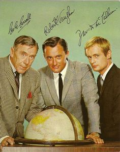The Man From U.N.C.L.E. TV Show. L to R, Leo G. Carroll.secret agents, Robert Vaugh,(Napoleon Solo) David McCallum, (Ilya Kuryakin) 1964-1968