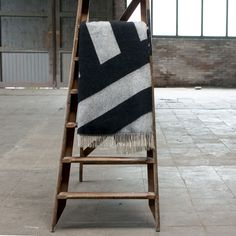 Graphic Striped Blanket - TRNK