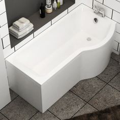 1600 mm Baths plan is a hip as well as judicious solution to make bathroom hygienic and up to date as per the standards of UK clienteles. Check for complete array of bathtubs. Bathtub Shower, Shower Doors, Bath Tub, Royal Bathroom, Modern Bathroom, P Shaped Bath, Plastic Bathtub, Quadrant Shower Enclosures, Portable Bathtub