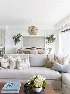 Home Interior Salas Three Arch Bay Project Pure Salt Interiors Interior Salas Three Arch Bay Project Pure Salt Interiors Fresh Living Room, Home Living Room, Living Room Decor, Cottage Living, Cozy Living, Furniture For Living Room, Beach Living Room, Kitchen Dining Living, Coastal Living