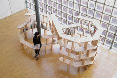 "Manga Pod ""Infinity"" , Manga Pod ""Giant"" [設計] アトリエ・ワン [architects] Atelier Bow Wow"