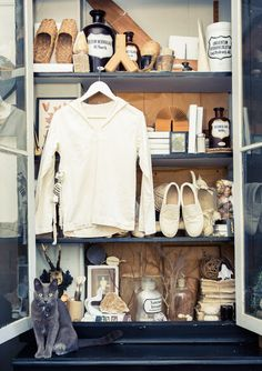 """I don't design my own home. I pick up things I love during my travels."" http://www.thecoveteur.com/sibella-court/"