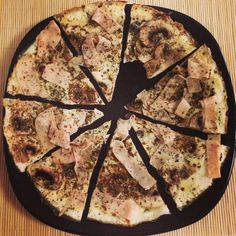 RECETA FITNESS/ Pizza proteica hidratos protein pizza without hydrates. Easy Healthy Breakfast, Healthy Dinner Recipes, Vegan Recipes, Healthy Food, Protein Pizza, Comidas Fitness, Clean Eating Plans, Easy Chicken Recipes, Light Recipes