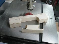 Shopmade Heavy Duty Handle / Fabriquer une poignée costaude | Atelier du Bricoleur (menuiserie)…..…… Woodworking Hobbyist's Workshop