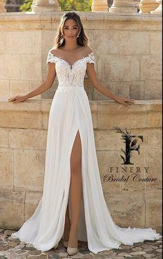 Cute Wedding Dress, Wedding Dress Trends, Wedding Dresses Plus Size, Wedding Dress Styles, Dream Wedding Dresses, Bridal Dresses, Outdoor Wedding Dress, Destination Wedding Dresses, Short Girl Wedding Dress