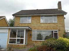 £250,000 3 Bedroom Detached House - Bryants Field, Crowborough, East Sussex, TN6 1BH Estate Agents