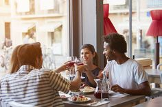 """Los """"Millennials"""" impulsan el consumo del vino"""