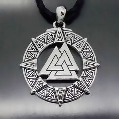 Vintage Valknut Odin's Symbol of Vikings Warriors Pewter Pendant Necklace