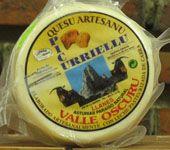 Quesería Picurriellu / Elaboración de queso artesanal En un hermoso valle, entre las estribaciones de la Sierra del Cuera, en el concejo de Llanes, se encuentra La Quesería Picurriellu, con mas de tres generaciones elaborando el mejor queso, hecho de forma artesanal. Quesos con el mejor sabor ancestral de nuestra tierra. Empresa familiar en la que se ha…