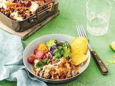 Tacogratäng – enkelt och gott recept | Aftonbladet Ginger Ale, Nachos, Creamy Pasta, Healthy Salads, Fajitas, Enchiladas, Tasty Dishes, Cobb Salad, Meals
