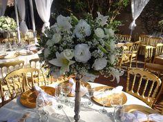 Gente, neste final de semana fomos a um casamento de amigos muito queridos. Os noivos Thiago e Ludimila prepararam uma festa belíssimaao ar livre, que tivemos o prazer de comparecer. E, como sabemos que estes momentos são inspiradores, vamos compartilhá-los com vocês.  A começar pelo local escolhido para celebração da festa, que é deslumbrante, …