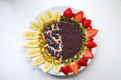 Fruit art smoothie bowl
