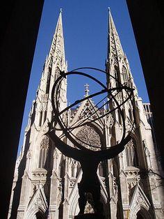 San Patricio, la catedral más famosa en los Estados Unidos en Manhattan, Nueva York. Foto por Artur Coral, © NOTICIAS AC-F /Ipitimes.com®. 9 de abril de 2006. - Semana Santa 2006 - Internacional.