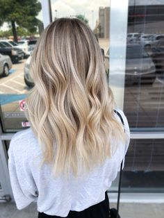 BLOND Blonde balayage babylights 5 Steps to Hormone Health and Weight Loss Our hormone health effect Babylights Blonde, Blonde Balayage Highlights, Hair Color Balayage, Beige Highlights, Caramel Highlights, Ombre Hair Color, Blonde Hair Looks, Mid Length Blonde Hair, Blonde Balayage Mid Length