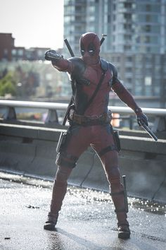 Chech out these three new Deadpool movie images form the forthcoming Deadpool film! They feature Deadpool, Deadpool, and Deadpool's tolerant gal-pal! Deadpool Halloween Costume, Original Halloween Costumes, Pop Culture Halloween Costume, Quick Halloween Costumes, Baby Halloween, Kid Costumes, Children Costumes, Halloween Stuff, Vintage Halloween