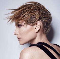 Fashion Braids #braids #braidstyles #braidstylist #stylist #hairstylist #hairstyle #hairstylist #braids #fashion #colouredbraids #colouredhair #hairinspo #mermaidhair #unicorn #color #haircolor #love2Braid #vlechten #vlechtkapsels #bruidskapsels
