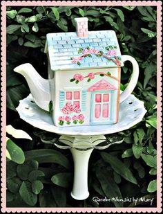 little teapot house