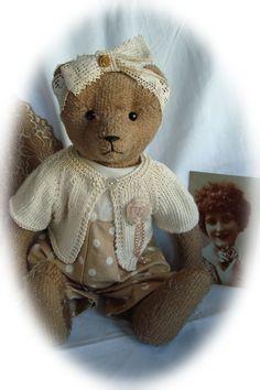 Cobi's berenkleertjes Vintage Teddy Bears, Animal 2, Bear Doll, Paper Dolls, Knit Crochet, Knitting, Antiques, Toys, Crafts