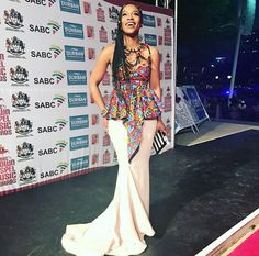 On Monday November Actress Nomzamo Mabatha attended the annual Crown Gospel Awards at the ICC Durban Arena in Durban, South Africa. African Wedding Dress, African Print Dresses, African Dress, African Prints, African Attire, African Wear, African Outfits, African Style, African Beauty