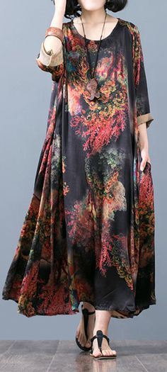 New red prints silk caftans asymmetric silk gown Fine o neck maxi dresses Comfy Dresses, Maxi Dresses, Evening Dresses, Fashion Dresses, Summer Dresses, Fashion Fabric, Boho Fashion, Mother Of The Bride Jackets, Cotton Dresses Online