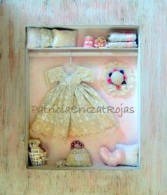 Tiny hand made closet shadow box, Cuadro Ropero con miniaturas