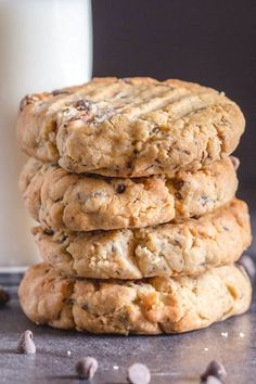 Thick Peanut Butter Chocolate Chip Cookies - The Best Thick Cookie Cookie Desserts, Just Desserts, Cookie Recipes, Delicious Desserts, Dessert Recipes, Yummy Food, Healthy Food, Bar Recipes, Cookie Bars