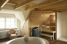 Steam rooms or Home Saunas. The perfect way to relax. 10 Amazing Home sauna or steam room Ideas and Designs for indoor and outdoor relaxation at home. Sauna House, Steam Sauna, Steam Bath, Sauna Room, Steam Room, Saunas, Bathroom Plans, Small Bathroom, Cottage