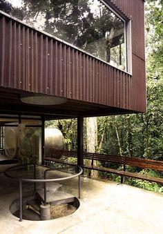 Jungle/Beach House | São Sebastião, Brazil | ArqDonini
