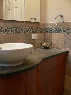 pebble tile backsplash - Kitchens Forum - GardenWeb
